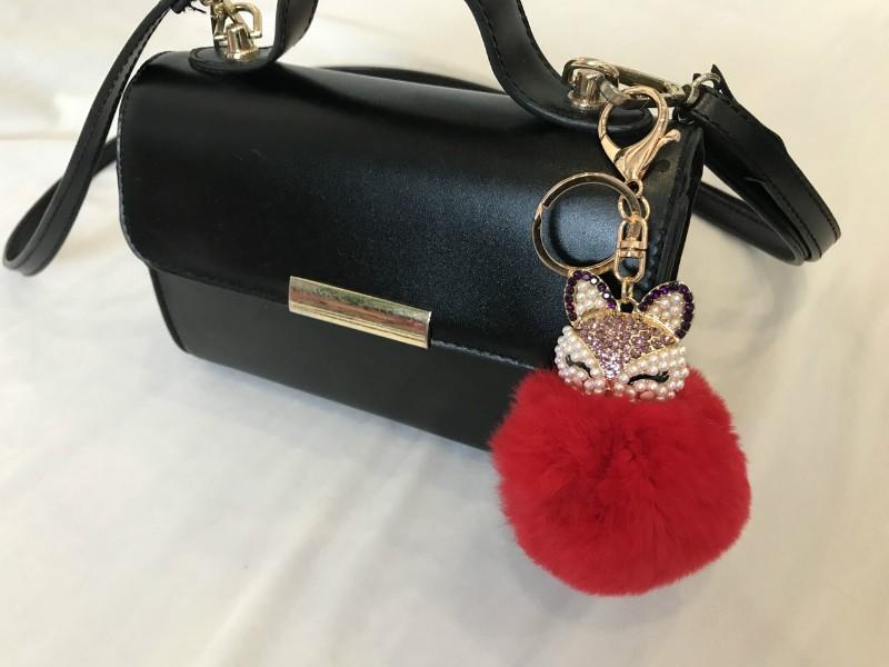 Купить брелок на сумку